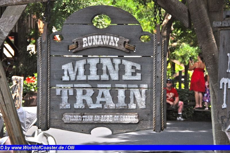 Runaway Mine Train @ Six Flags Over Texas